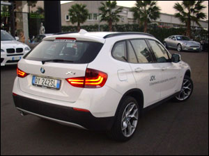 bmw x1 test drive. Black Bedroom Furniture Sets. Home Design Ideas